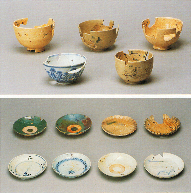 Fig. 19 - Cheap mass-produced porcelain bowls and dishes