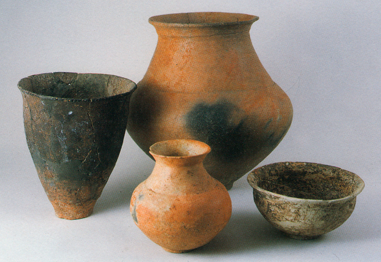 Fig. 10 - Pots for used for storing and cooking rice