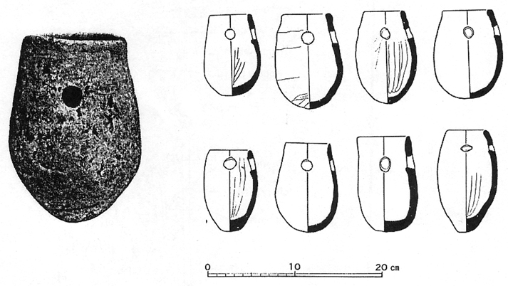 Fig. 07 - Octopus pots from Ikegami-sone, Osaka prefecture