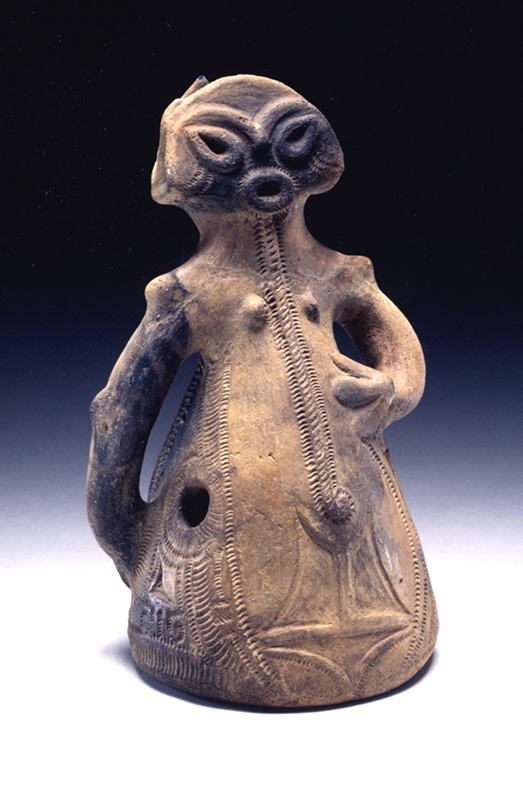 Fig. 13 - Imojiya, Yamanashi prefecture (Middle Jomon Hollow cylindrical dogu from' in front of 'Imojiya' and add ', c. 2500 – 1500 BC)