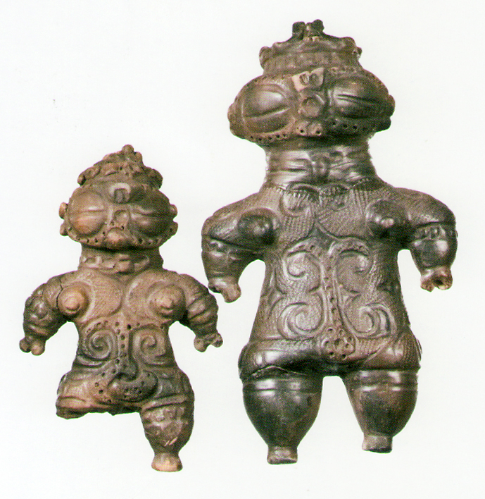 Fig. 05 - Goggle-eyed dogu from Toyooka, Iwate prefecture. Final Jomon, c. 1000-300 BC.