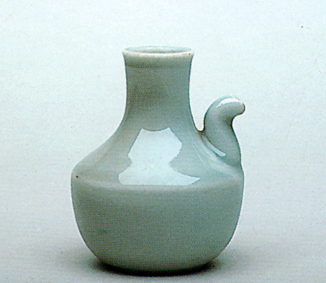 Fig. 17 - Hizen serving cup from Naito-cho